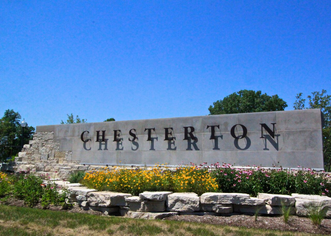 Chesterton_Sign